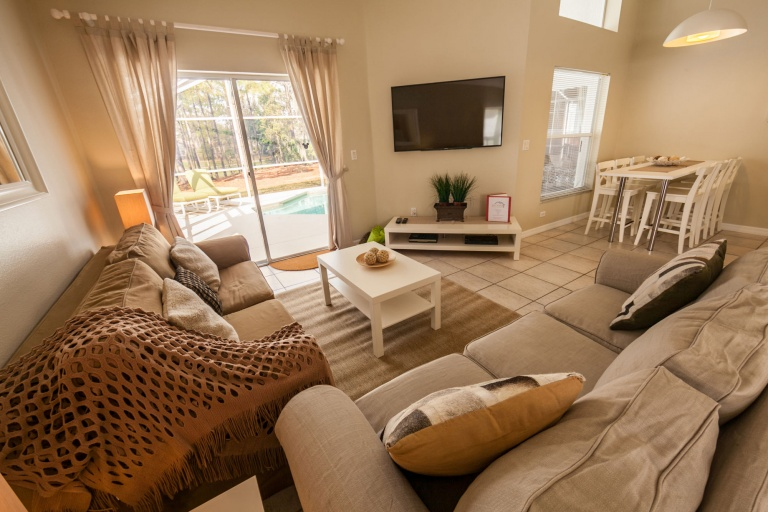 Living-Room-3-1-768x512